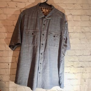 Woolrich chambray button down with pockets Sz XXL